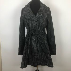 Steve Madden Medium tweed faux leather sleeve coat